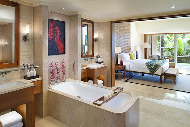 Orlebar Brown Sanya Suite Tropical Suite Bathroom