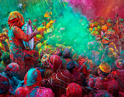 Orlebar Brown - Holi in the Pink City